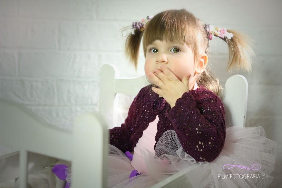 fotografia dziecięca, sesje studyjne, fotografia dziewczynka, fotograf warszawa
